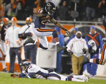 Devin-hester-broncos-bears_medium