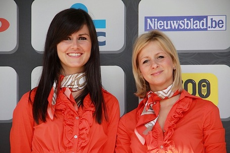 Ddv_podium_gals_medium