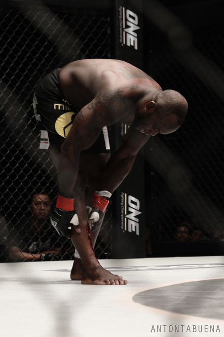 One_fc_manhoef_cut_2_medium
