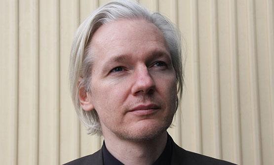 Assange-555