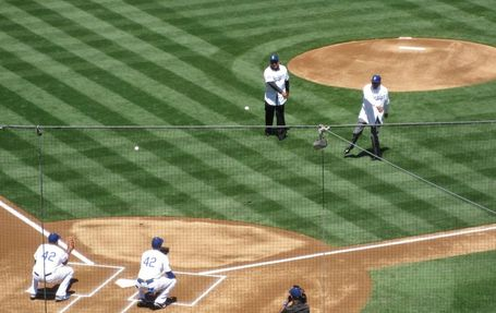 Tommy-davis-don-newcombe-first-pitch-041512_medium