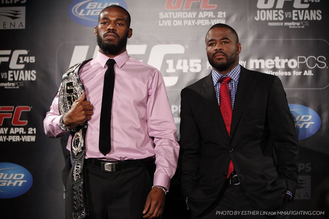 UFC 145: Jon Jones Vs. Rashad Evans Stare Down Photo And Pre-Fight ...