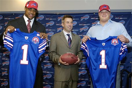 45208_nfl_draft_bills_football_medium