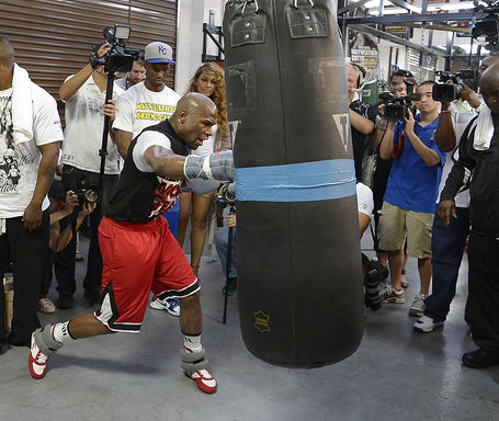 Mayweatherprepares4cotto_hoganphotos_6__medium