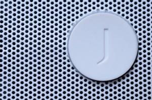 Big-jambox-jawbone-review-dsc_3931-verge-300