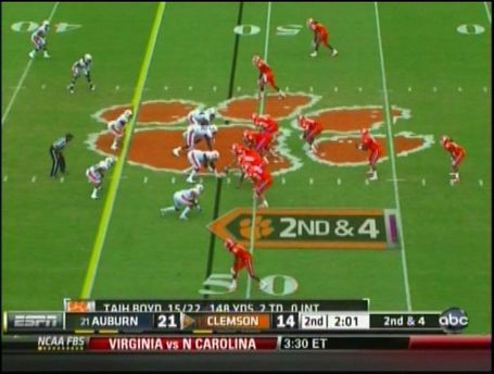 Clemson_2011_pistol_like_formation_medium