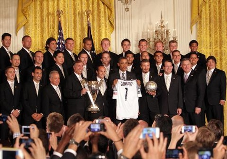 La_galaxy_with_president_obama_medium