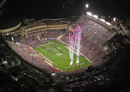 Tcu-utah_amon_carter_stadium_medium