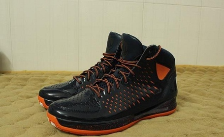 Derrick-rose-bears-shoes_medium