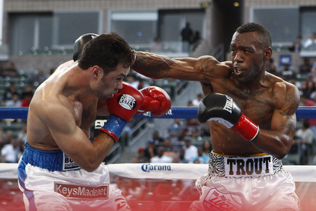 008_austin_trout_vs_delvin_rodriguez_medium