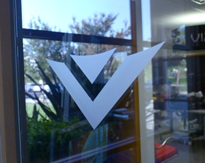 Vizio_window