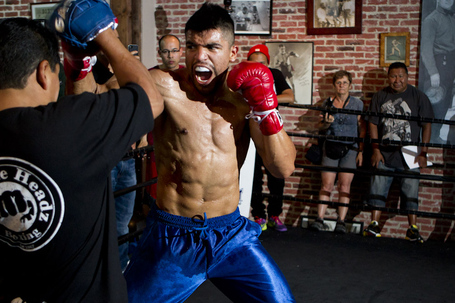 002_victor_ortiz_medium