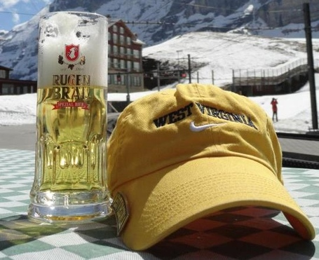 Hat_eiger2_medium