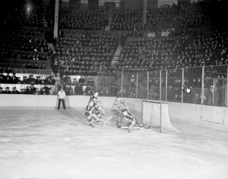 40_habs_hawks_march_22_1938_medium