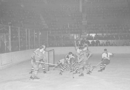 48_habs_bruins_feb_24_1938_medium