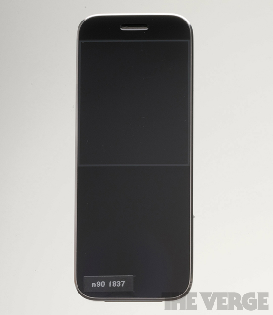 Apple_iphone_n90_prototype_560