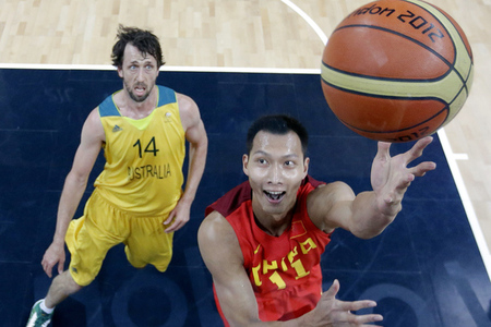 Yi_jianian_-_china_-_matt_nielsen_-_australia_-_basketball_medium
