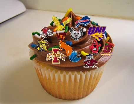 Iowa_conference_schedule_cupcake_2_medium