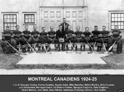 1924-5_team_photo_seated_medium