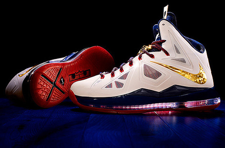A-look-at-nikes-new-lebron-x-set-to-hit-stores-this-fall