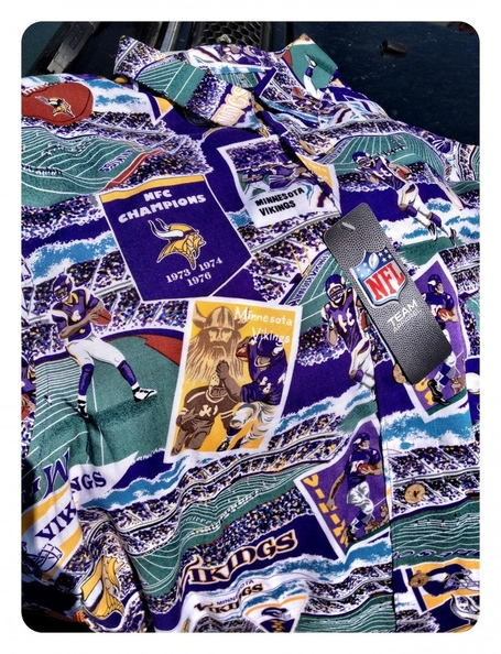 Vikingsshirt-850x1109_medium
