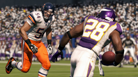 Madden-13-chicago-bears-wrong-uniforms_medium