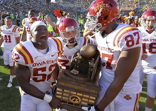 Cy-hawk_trophy