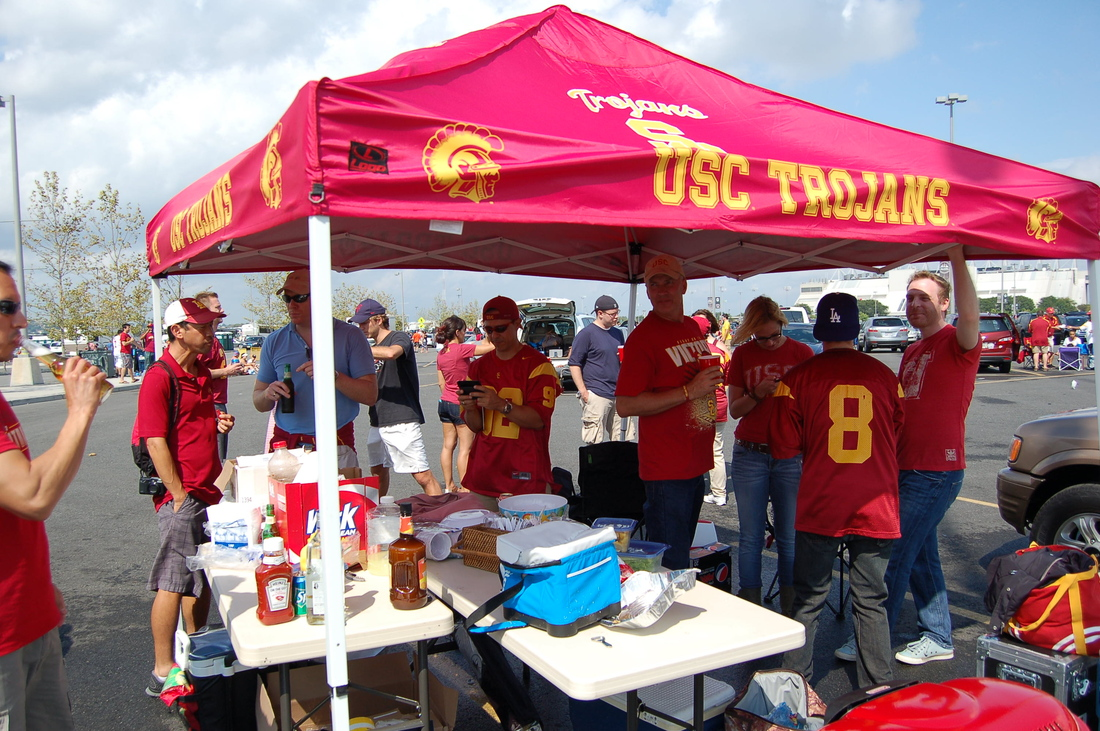 A few pics after the jump! & Paragonu0027s USC - Syracuse Tailgate - Conquest Chronicles