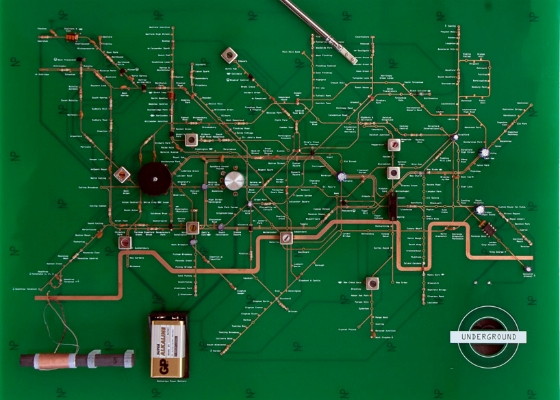 Designer builds functioning radio with London tube map circuit board ...