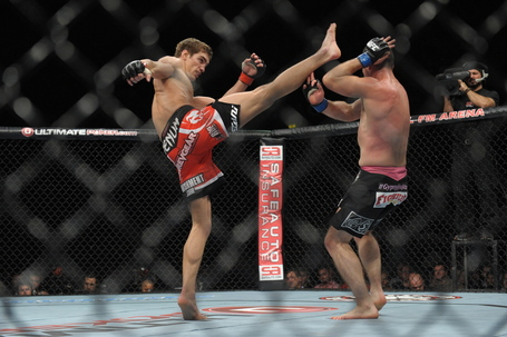 120929-ufc-on-fuel-5-hathaway-maguire-mcneil-251_medium
