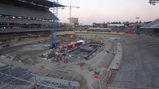 Husky_stadium_-_angle_2-20121006-071032_large
