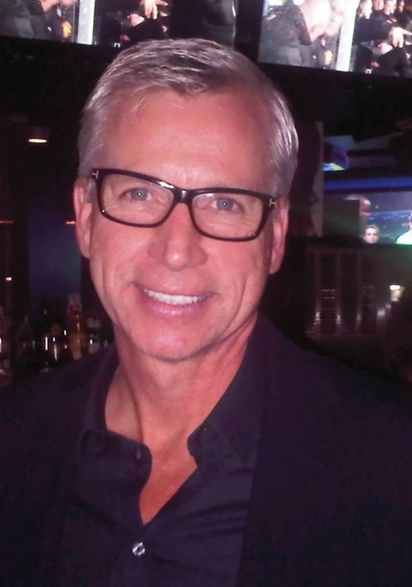 Pardew_glasses_medium