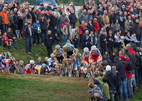 Cross_ronse_2012_015_medium
