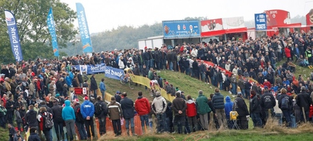 Cross_ronse_2012_236_medium