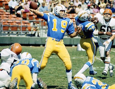 Johnny_unitas_chargers_medium