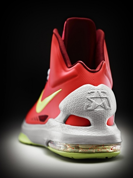 12-390_nike_kdv_heel_airbag_detail-02_original-767x1024_medium