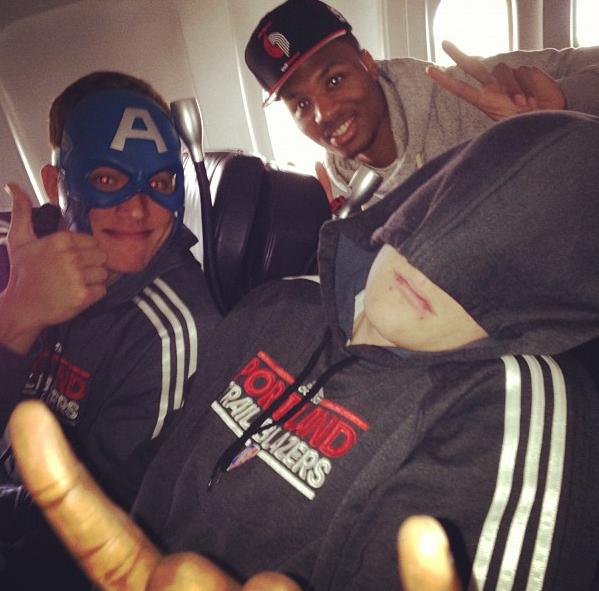 Portland Blazers Roster 2012: Blazers Rookies Punk Luke Babbitt On Team Plane
