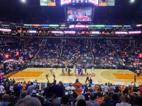 Suns-pistons-tipoff_medium
