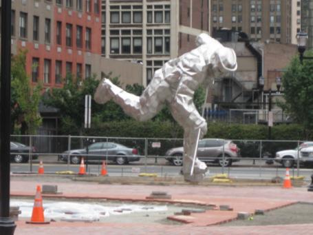 Statue_4_resize_medium