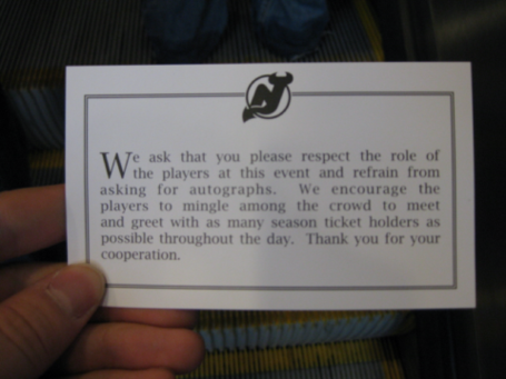 No_autograph_card_resize_medium