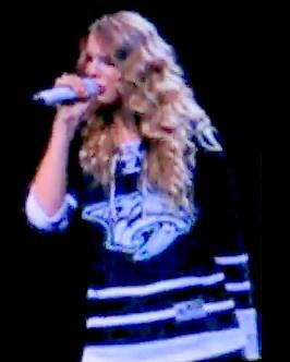 Taylor Swift in Nashville Predators 3rd jersey