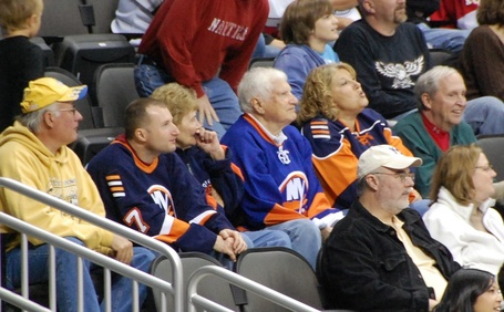Islesfans_medium