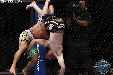615_rafael_dos_anjos_vs_mark_bocek_medium