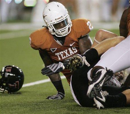 33774_texas_surging_sergio_football_medium