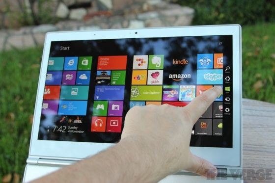 Acer-s7-touchscreen-560