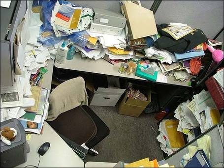 Messy-office-01_medium