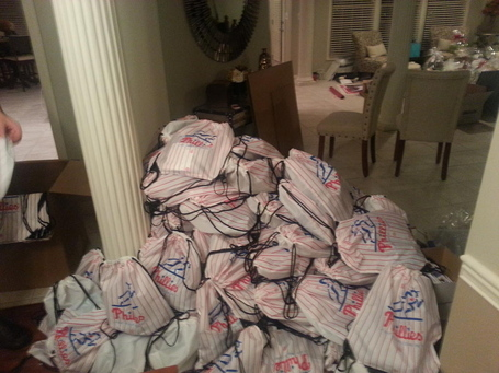 Lindblom-phillies-gift-bags_medium