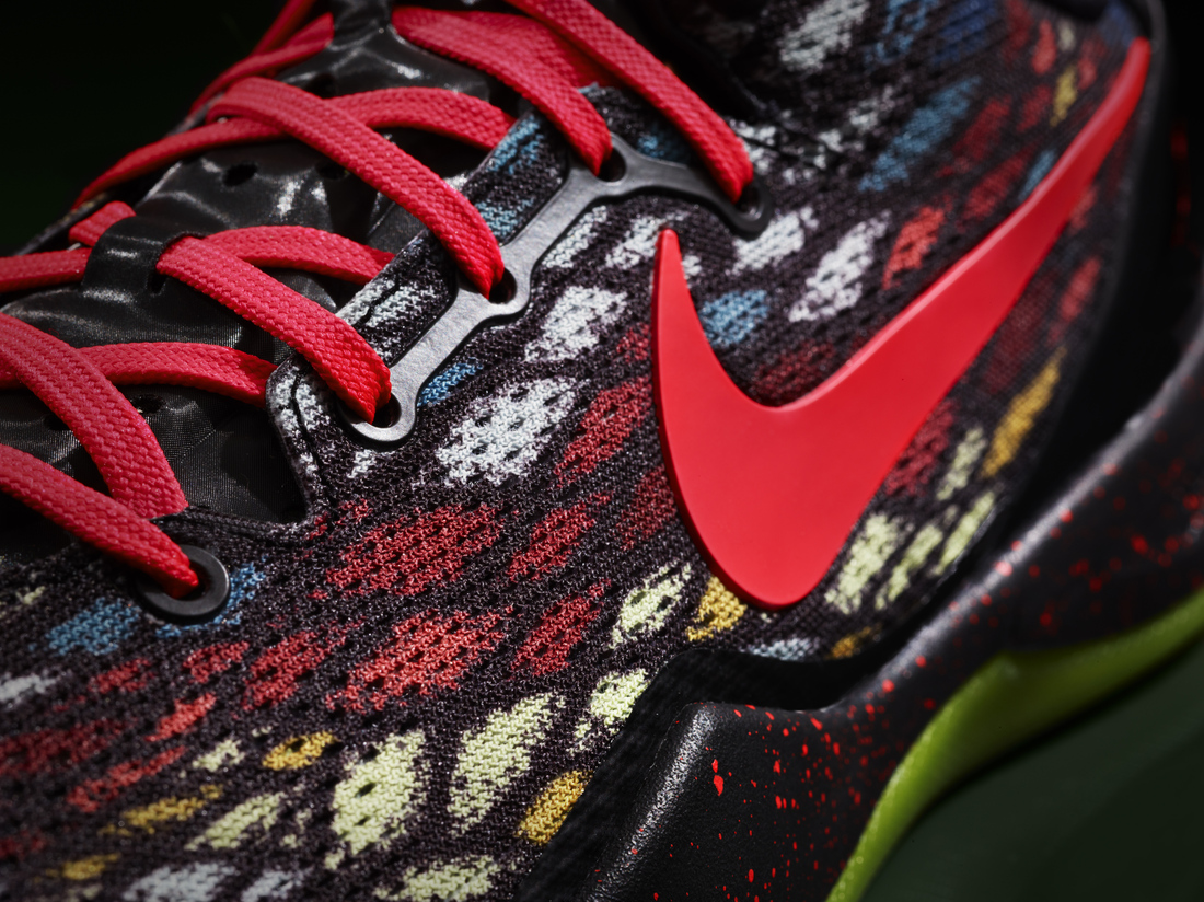 Nike unveils Kobe Bryant's Christmas shoe colorway - SB Nation Los ...
