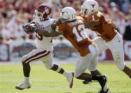 35567_oklahoma_texas_football_medium