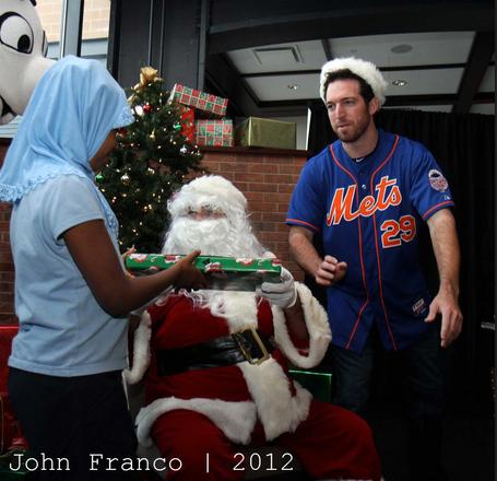 Mets-santa-john-franco-2012_medium